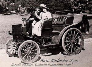 photo-ancienne-Audibert-et-Lavirotte-double-phaeton-a--hautes-roues---Voiture-ancienne-de-1897