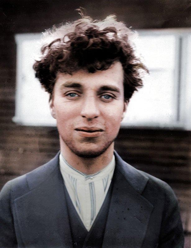 Top 25 photos anciennes historiques colorisées Charlie Chaplin