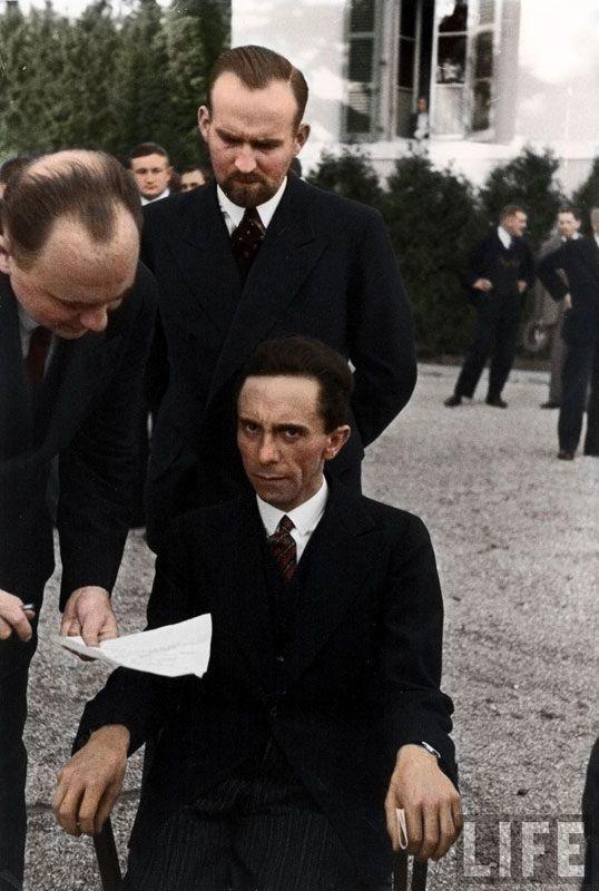 Top 25 photos anciennes historiques colorisées Joseph Goebbels