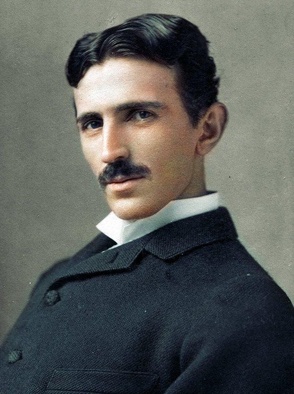 Top 25 photos anciennes historiques colorisées Nicola Tesla