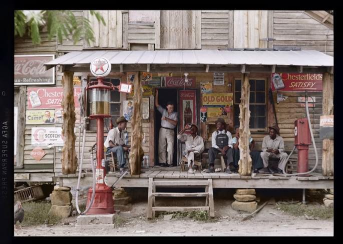 Top 25 photos anciennes historiques colorisées magasin à la campagne