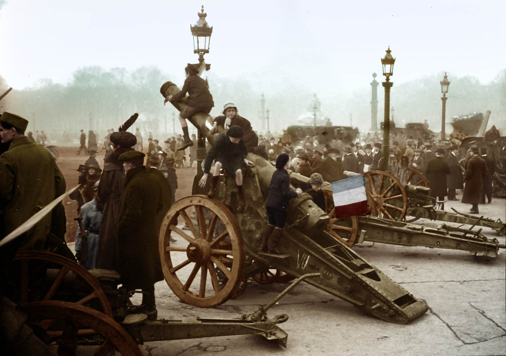phenix-photo-restauration-photo-ancienne-guerre-couleur
