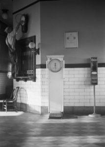 36-photos-anciennes-pendule-heure-gare-657x920