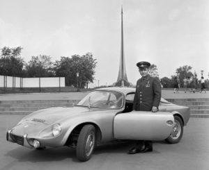 9-photos-anciennes-Yuri-Gagarin-Matra-Bonnet-Djet-1965