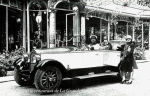 photo-ancienne-Buick-6-Cylindres-Type-17-HP-Torpedo-5-places---Voiture-de-19--