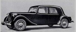 photo-ancienne-Citroen-15CV---Voiture-ancienne-de-1939