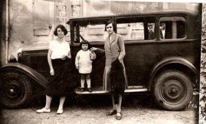 photo-ancienne-Citroen-C4-berline---Voiture-ancienne-de-1928