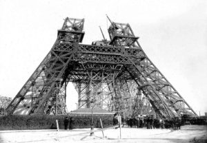 construction-tour-eiffel-fondations-3